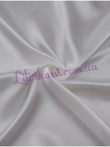 Подкладка белого цвета