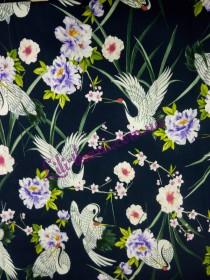 Штапель в аисты с цветами